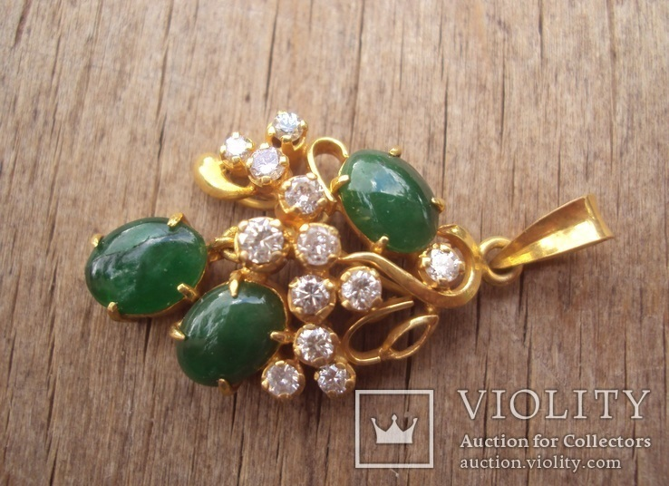 Золотой кулон с нефритом и бриллиантами., фото №4