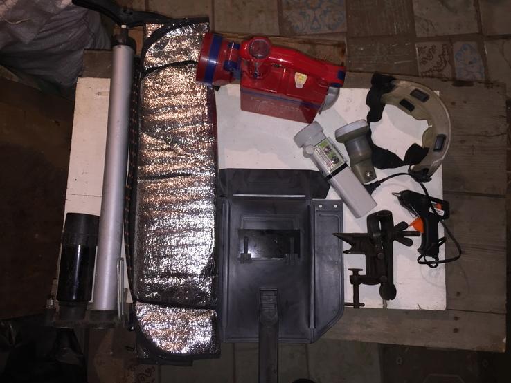 Уборка в гараже 2. Насос, Тиски, фонари...., фото №2