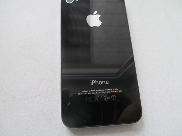 IPhone 4 32Gb  оригинал, фото №3