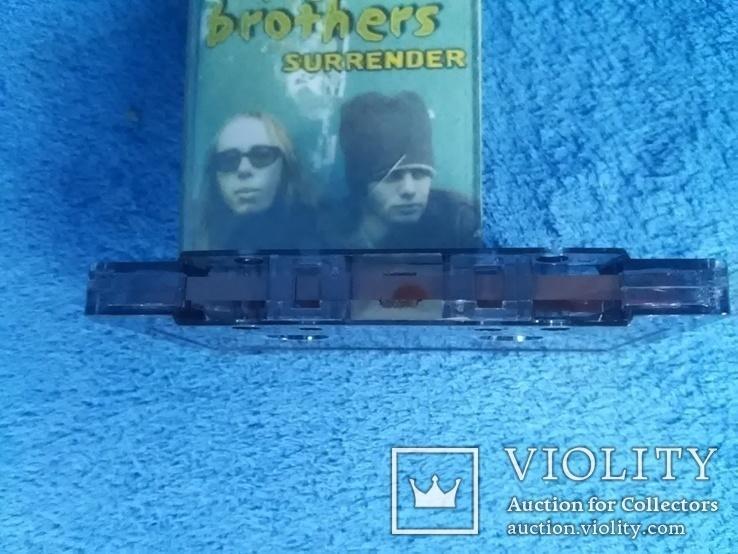 Аудиокассета с записью: The chemical brothers  Surrender, фото №5