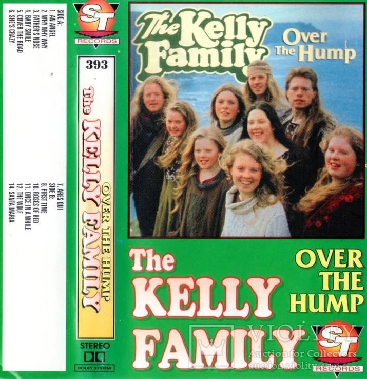 The Kelly Family (Over The Hump) 1994. (MC). Кассета. ST Records Poland., фото №6