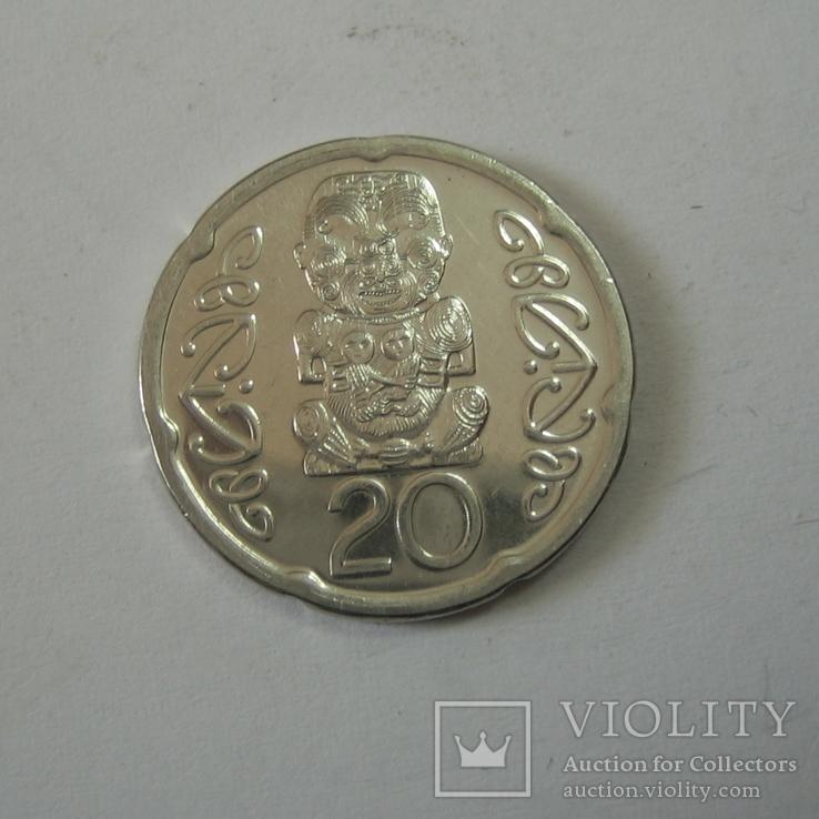 Новая Зеландия 20 пенсов 2008 года., фото №3