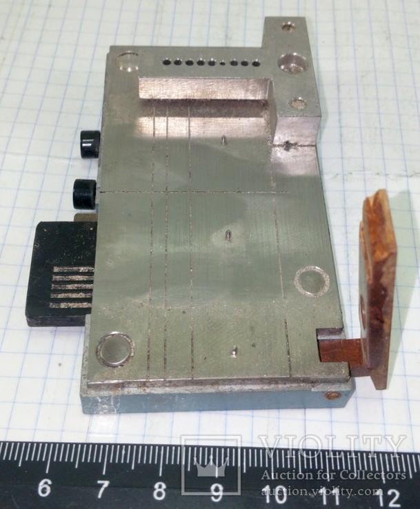Столик для создания отверстий на перфокартах вручную, фото №3