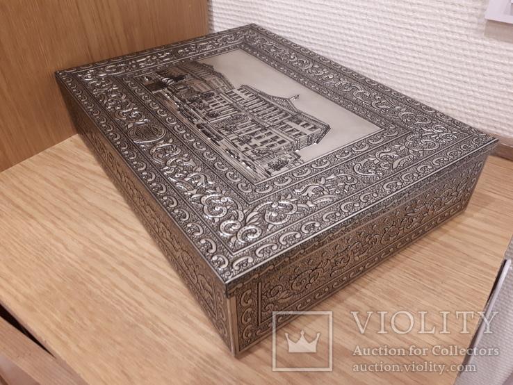 Коробка для сладостей . Красный Октябрь. Размер 31 на 22.5 см., фото №6