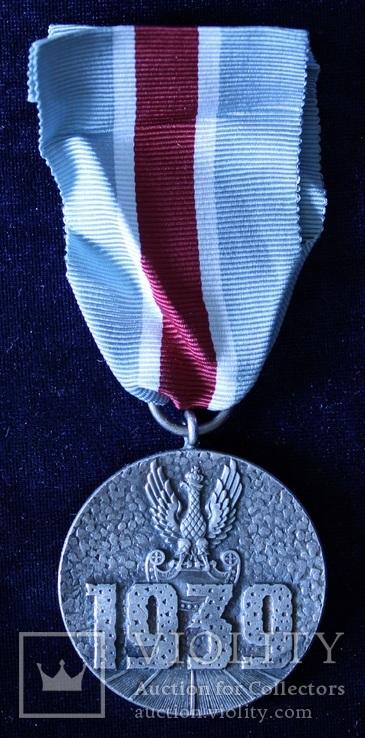 Польша. Военная медаль., фото №3