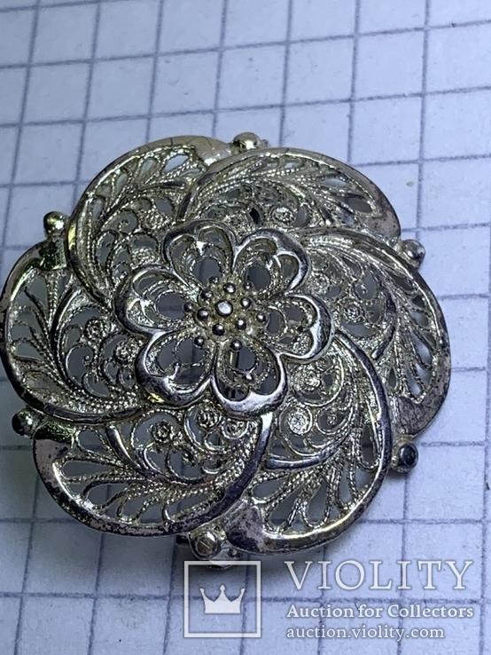 Винтажная круглая серебряная брошь, фото №3
