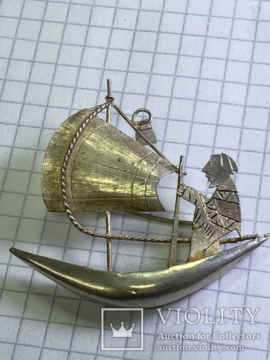 Винтажная серебряная брошь в виде кораблика, фото №2