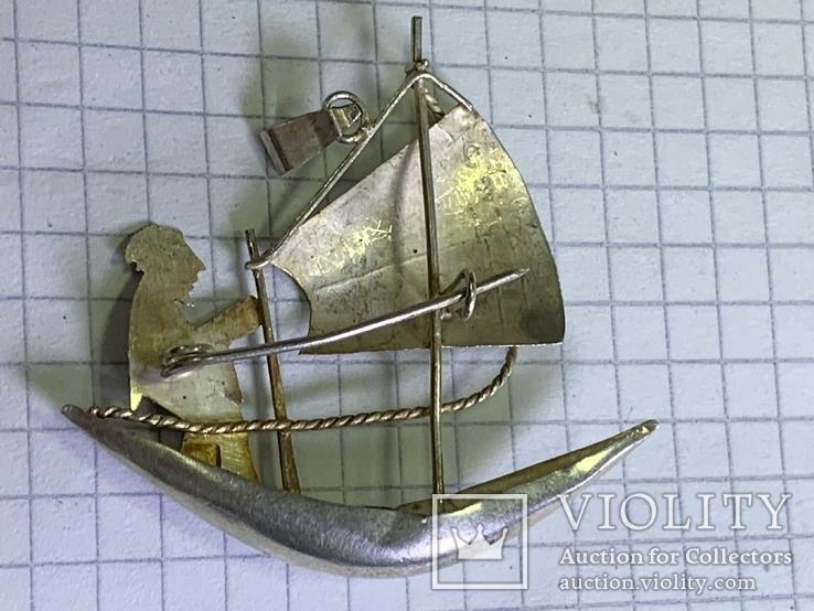Винтажная серебряная брошь в виде кораблика, фото №3