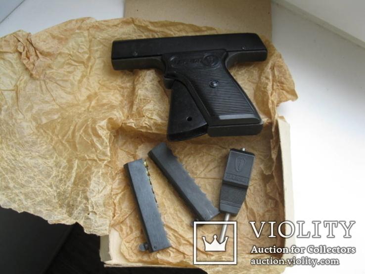 Пистолет стартовый в упаковке, фото №2