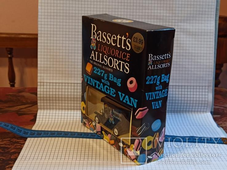 Lledo Bassett's Liquorice Allsorts t10104 van моделька или модель форд со сладким 1995 год, фото №3