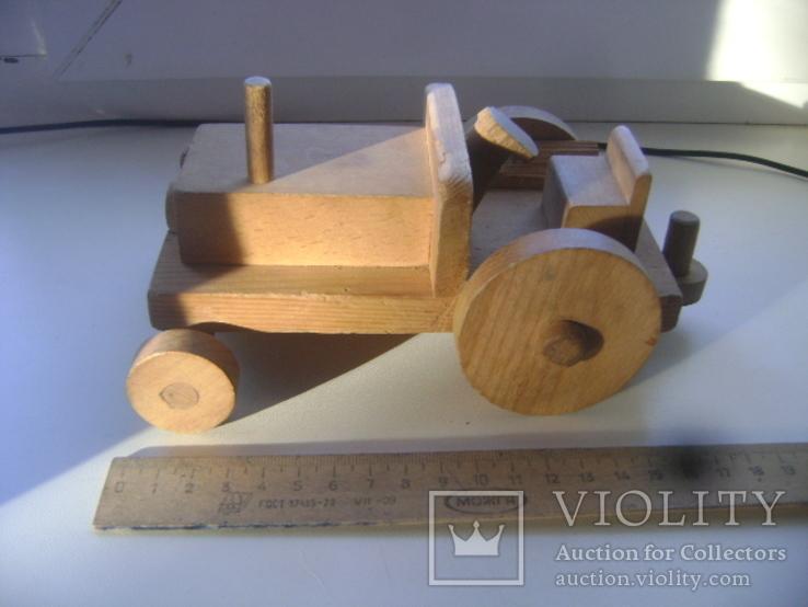 Деревянный трактор, фото №3