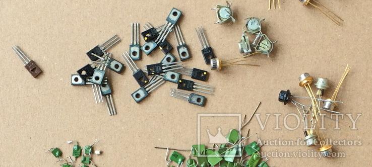 Радиодетали разные, транзисторы конденсаторы и др., фото №4