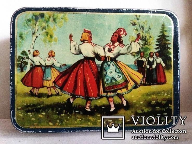 Коробка Norma Латвийский танец. Таллин 50е годы