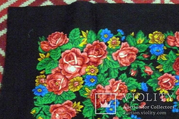 Платок  №4 головной (80х85) шерстяной ,цветастый. .не пользованный. без бирки, фото №3