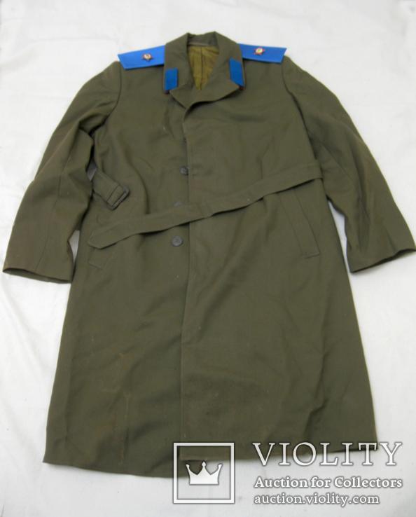 Офицерский плащ пальто СССР и нашивки, фото №2