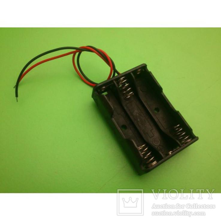 Отсек для батарей 3xAAA верхняя загрузка с проводами