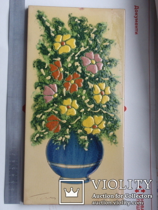 Сюжетная плитка кон. XIX нач. XX века. Майолика, фото №3