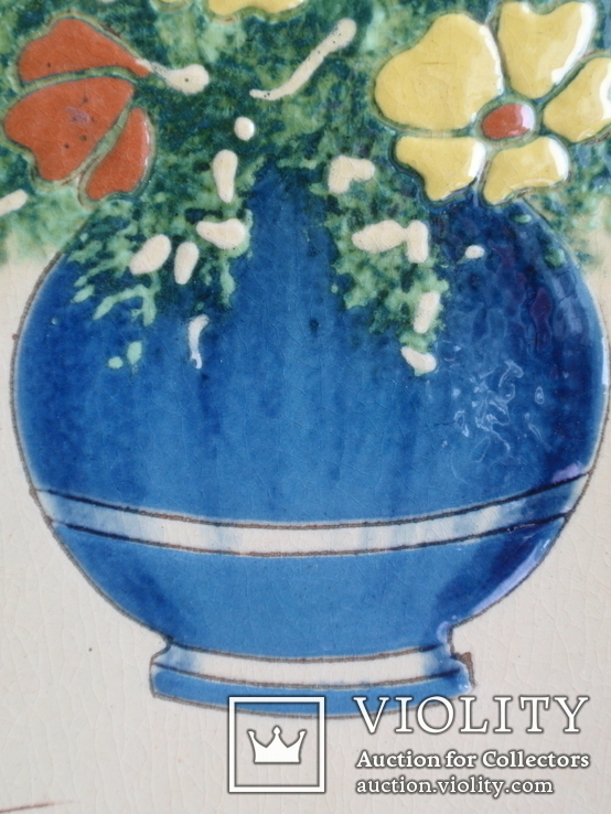 Сюжетная плитка кон. XIX нач. XX века. Майолика, фото №6