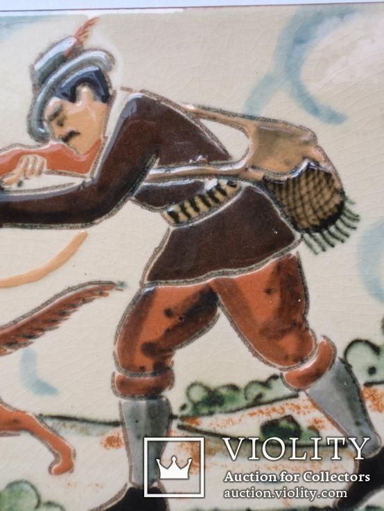 Сюжетная плитка кон. XIX нач. XX века. Австро-Венгрия или Германия. Майолика, фото №5
