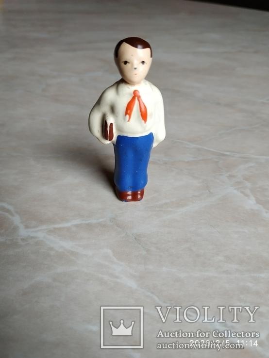 Фигурка Пионер с книгою СССР, фото №8