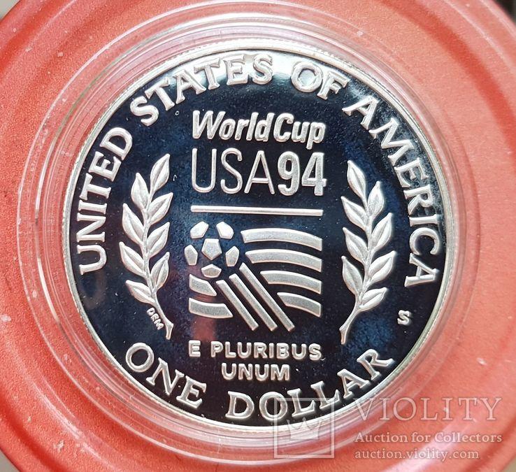 США 1 доллар 1994 г. Серебро. Чемпионат мира по футболу 1994 года в США. Футболисты., фото №3