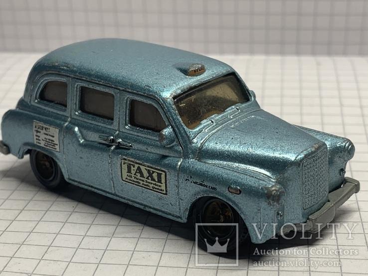 2004 Mattel Inc 1:63   London Taxi, фото №2