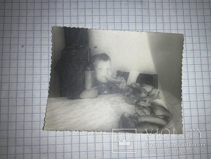 Фото шутка ребёнок с бутылкой вина, фото №3