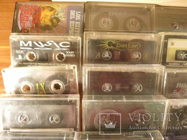 Аудиокассеты импортные б.у разные в лоте 44 штуки, фото №3