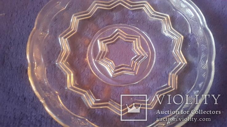 Старинная тарелочка из стекла, фото №4