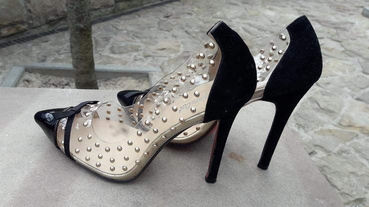 Жіночі туфлі-18.