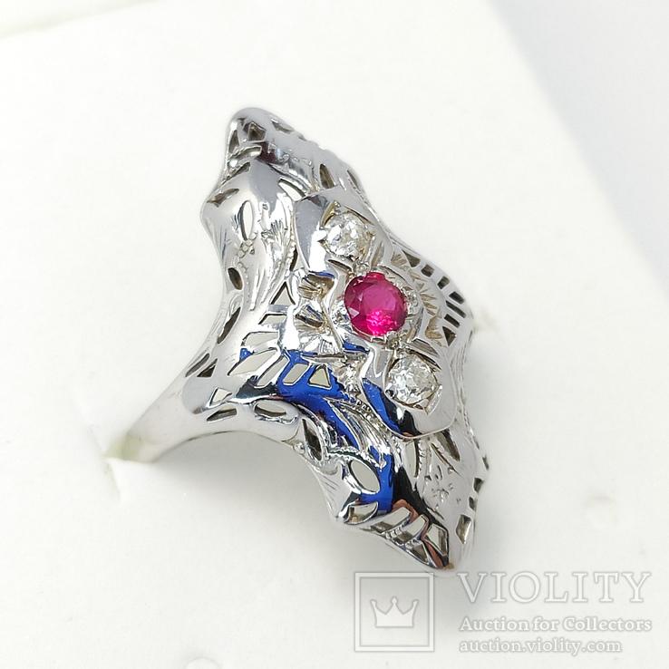 Золотое кольцо периода art deco с рубином и бриллиантами