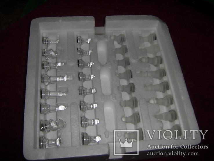 Комплект стеклянных шахмат со стеклянной доской  Англия в родной упаковке, фото №8