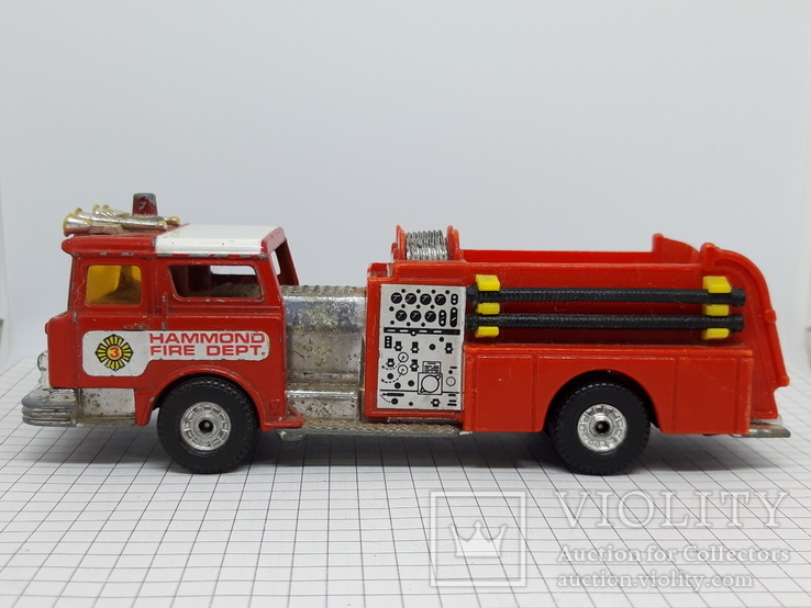 Corgi Made in Gt Britain. Mack Cf Fire Pumper Firefighters (cc), фото №5