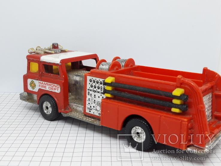 Corgi Made in Gt Britain. Mack Cf Fire Pumper Firefighters (cc), фото №6