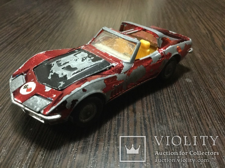 Corgi Toys Chevrolet Corvette Sting Ray Coupe, фото №6