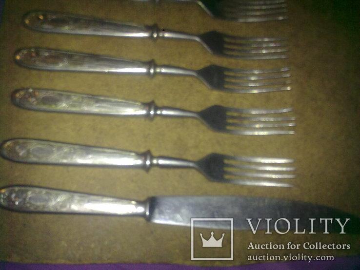 Вилки 5 шт и 1 нож старые, фото №5