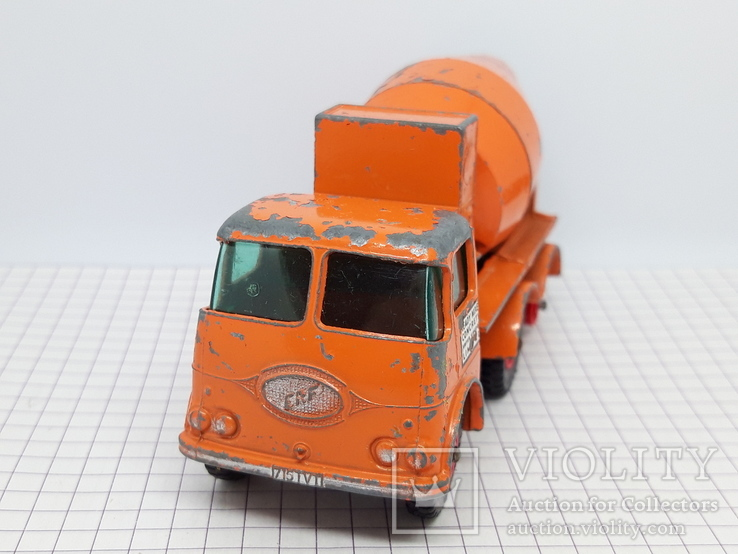 Matchbox Ready Mix Concrete Truck Made in England (cc), фото №2