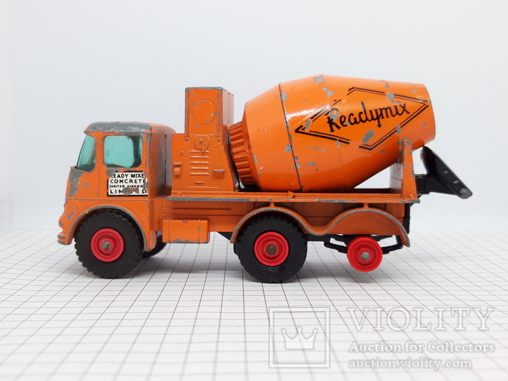 Matchbox Ready Mix Concrete Truck Made in England (cc), фото №4