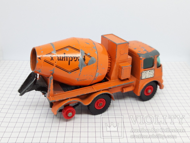 Matchbox Ready Mix Concrete Truck Made in England (cc), фото №6