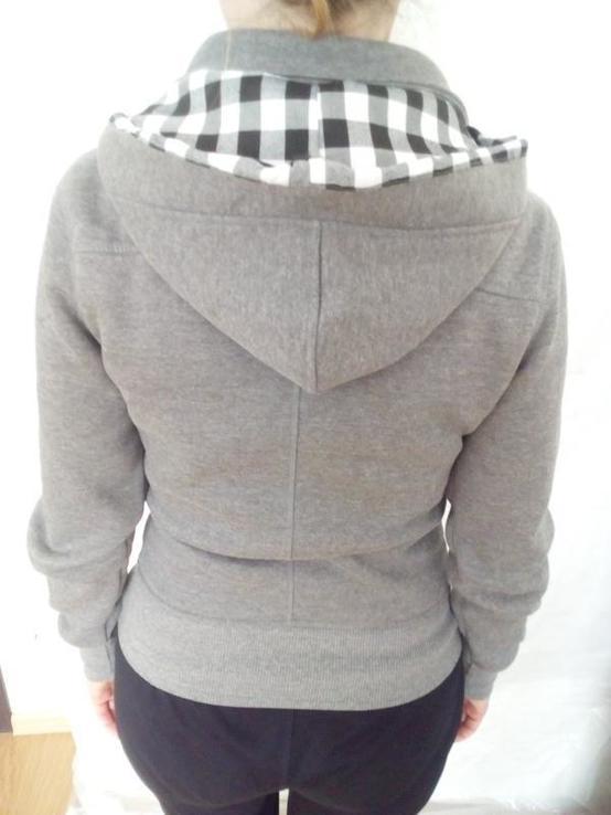 Утеплена спортивна жіноча кофта с капюшоном, фото №4