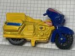 Винтажная металическая чинила для карандашей в форме мотоцикла, фото №3