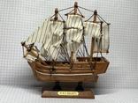 Винтажная деревянная модель корабля с Англии  H.M.S. Bounty, фото №2