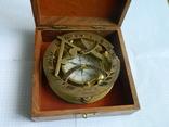 Компас морський, із сонячним годинником., фото №2