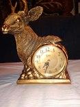 Часы каминные олень кварц, фото №3