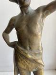 Скульптура Рыбак бронзовая старая Европа подписная, фото №4