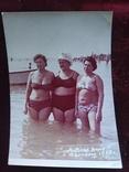 3 барышни мода пляж, фото №2