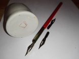 Ручка перьевая с перьями и чернильницей СССР, фото №4