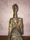 «Дама на стуле». Произведение скульптора Владимира Лемпорта, фото №12