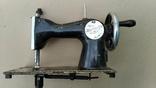 Маленькая швейная машина, фото №5
