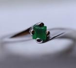 Кольцо 750 с изумрудом, фото №3